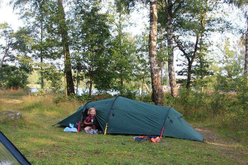Tag børnene med på telttur